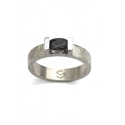 THREE Anillo Onix Negro